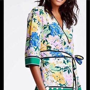 Ann Taylor szL floral kimono style wrap top